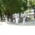 浦江運動場の日影でアップ