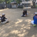 東中本運動場で練習