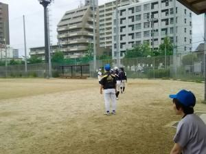 沢ノ町運動場で練習。