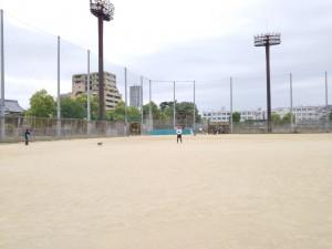 真田山運動場で