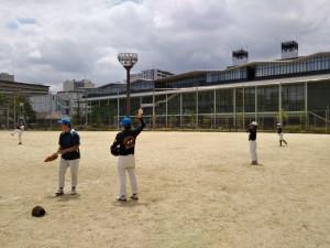 蒲生野球場で練習。