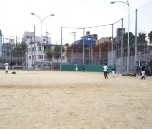 YouTubeで紹介された捕球練習。